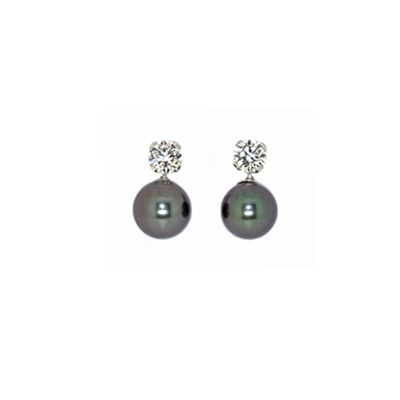 0.65cts Diamonds and Tahitian Pearls